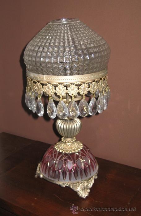Elegante l mpara de mesa base de cristal tallad comprar for Lamparas de mesa de cristal