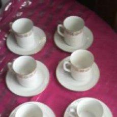 Antigüedades: JUEGO DE CAFÉ DE 6 TAZAS Y 6 PLATOS . PORCELANA JL MENAU.GERMANY MODELO DAPHNE.FILO DE ORO.. Lote 32204486