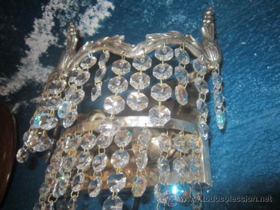 Antigüedades: Bonito aplique en metal plateado con cristales. - Foto 4 - 32210375