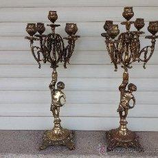 Antigüedades: CANDELABROS DE BRONCE. PAR.. Lote 32276843