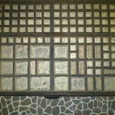 Antigüedades: CAJON DE MUEBLE DE IMPRENTA, CAJÓN DE CHIBALETE. Lote 236955745