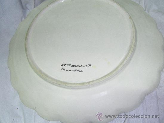 Antigüedades: PLATO PINTADO A MANO -TALAVERA-ANTIGUO - Foto 4 - 32333380