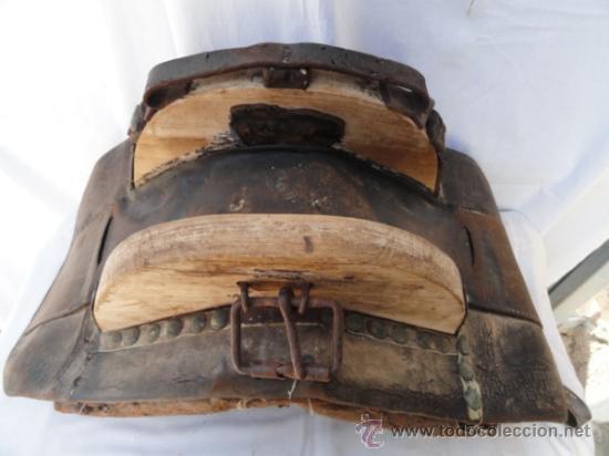 Antigüedades: ANTIGUA PROTECCION O PIEZA DE CARGA PARA MULA. - Foto 2 - 32394853