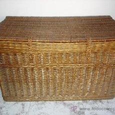 Antigüedades: GRAN BAUL DE MIMBRE . Lote 32424169