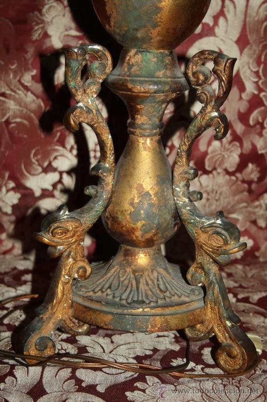 Antigüedades: FINÍSIMA LÁMPARA DE SOBREMESA - ESTILO IMPERIO - ALTA DECORACIÓN - METAL DORADO - PRINC S XX - Foto 3 - 32461828