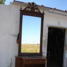 Antigüedades: MUEBLE CONSOLA CON ESPEJO GRANDE. Lote 32509735