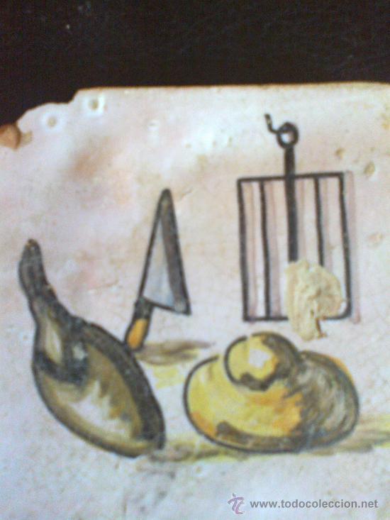 Antigüedades: azulejo 12,5x 12,5 centímetros esta dañado en la esquina y falta esmalte - Foto 3 - 32609953