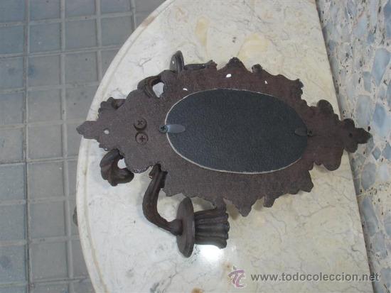 Antigüedades: espejo con candelabros de hierro de forja - Foto 3 - 32610079