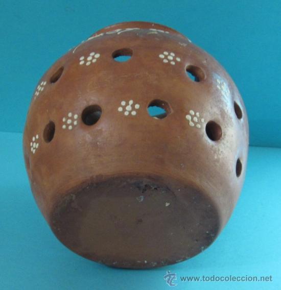 Antigüedades: VASIJA DE CERÁMICA PARA CONSERVAR AJOS. DECORACIÓN CON ENGOBE. ALTURA 14 CM - Foto 2 - 32617466