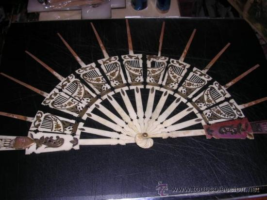 VARILLAJE DE ABANICO ANTIGUO MITAD S. XIX TRABAJADO MARFIL Y MADREPERLA CON INCRUSTACIONES DE PLATA (Antigüedades - Moda - Abanicos Antiguos)