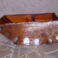 Antigüedades: ANTIGUA MEDIA FANEGA, UTILIZADA PARA LA MEDIDA DE LOS CEREALES.. Lote 32654100