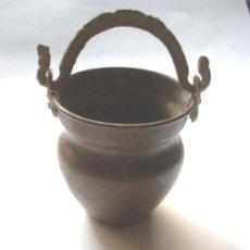 Antigüedades: PEQUEÑA JARRA DE COBRE--ARTESANAL HECHA A MANO Y MARTILLO. Lote 32690287