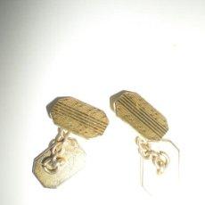 Antigüedades: PAREJA DE GEMELO DORADOS METALICOS. Lote 32698455