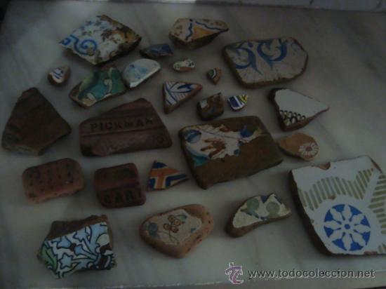 Antigüedades: magnifica coleccion de azulejos pintados a mano y restos de ceramicas muy antiguas una pickman, ver - Foto 38 - 32717748