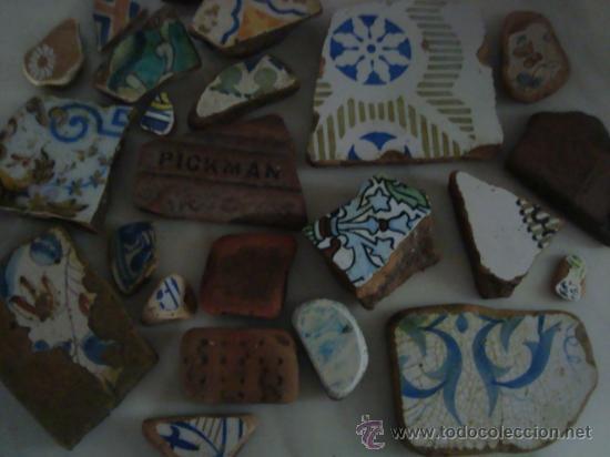 Antigüedades: magnifica coleccion de azulejos pintados a mano y restos de ceramicas muy antiguas una pickman, ver - Foto 4 - 32717748