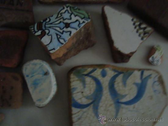 Antigüedades: magnifica coleccion de azulejos pintados a mano y restos de ceramicas muy antiguas una pickman, ver - Foto 2 - 32717748