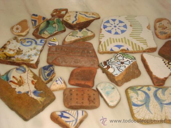 Antigüedades: magnifica coleccion de azulejos pintados a mano y restos de ceramicas muy antiguas una pickman, ver - Foto 3 - 32717748