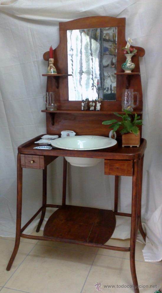 Antiguo mueble lavabo en madera comprar muebles auxiliares antiguos en todocoleccion 32864452 Muebles para lavabos de madera