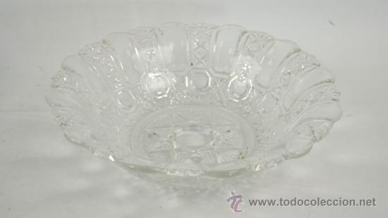 CENTRO DE MESA DE CRISTAL TALLADO (Antigüedades - Cristal y Vidrio - Otros)