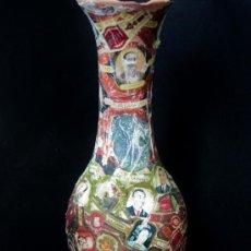 Antigüedades: ANTIGUO JARRON TERRACOTA 34 CM - FORRADO CON VITOLAS DE PUROS. Lote 32873512