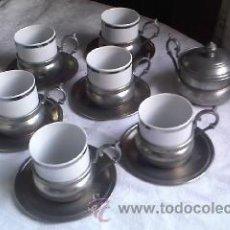 Antigüedades: JUEGO DE CAFÉ DE 6 VASOS,6 PLATOS,6 PORTA TAZAS Y AZUCARERO.PORCELANA JLMENAU.Y ESTAÑO.GERMANY . Lote 32938245