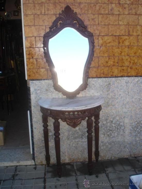 CONSOLA CON ESPEJO DE MADERA DE CASTAÑO (Antigüedades - Muebles Antiguos - Consolas Antiguas)