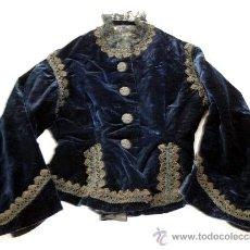 Antigüedades: ELEGANTISIMA CHAQUETA DE TERCIOPELO AZUL CON ENCAJE Y PASAMANERÍA - S. XIX. Lote 33059414