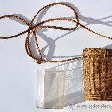 Antigüedades: VASO DE FALTRIQUERA CON FALTRIQUERA EN MIMBRE . PP S XX. Lote 33240947