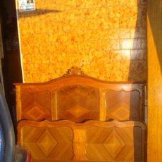 Antiguidades: CAMA DE MADERA DE CASTAÑO. Lote 33261227