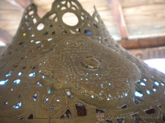 Antigüedades: LAMPARA MARROQUI, 200X45 CTMS. TODA CON INSCRIPCIONES ARABES Y ANIMALES,= PELICULA CASABLANCA - Foto 7 - 33296162