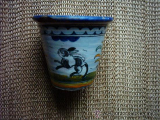 Antigüedades: VIEJA MACETA DE CERÁMICA DE TALAVERA FIRMADA POR SASO. 12 X 13 Cm. - Foto 2 - 33406470