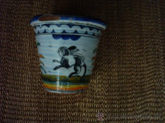 Antigüedades: VIEJA MACETA DE CERÁMICA DE TALAVERA FIRMADA POR SASO. 12 X 13 Cm. - Foto 5 - 33406470