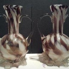 Pareja de jarrones en vidrio soplado. s. XIX