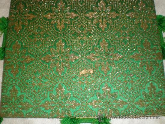 Antigüedades: centro de tela verde bordado en oro - Foto 7 - 33528983