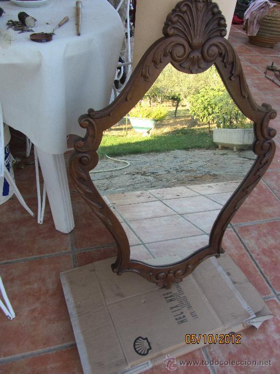 Antigüedades: precioso marco tallado en madera noble, con espejo 896x60 cms - Foto 2 - 33556984