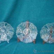 Antigüedades: 3 PLATOS DE CRISTAL. Lote 33563927