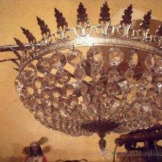Antigüedades: ANTIGUA LAMPARA EN LATON PLATEADO Y CRISTAL APLOMADO PRIMER TERCIO DEL SIGLO XX MUY BUENA CALIDAD.. Lote 33623642