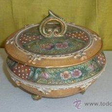 Antigüedades: ANTIGUA COMPOTERA DE PORCELANA PINTADA, CON MARCAS EN BASE.. Lote 33637994