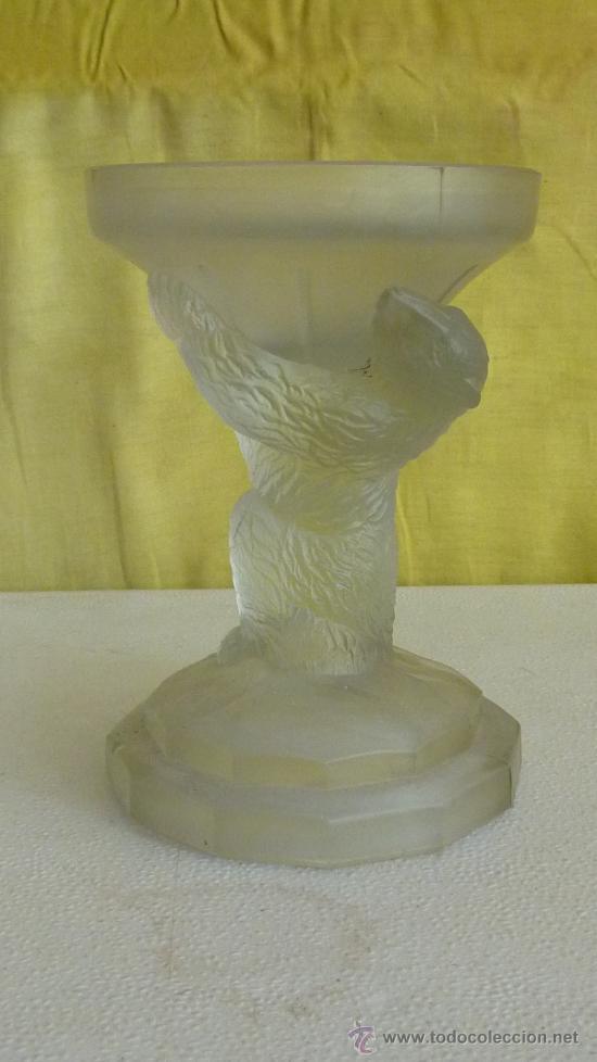 CENTRO EN CRISTAL GLASEADO, REPRESENTANDO UN OSO. ANTIGUO. (Antigüedades - Cristal y Vidrio - Catalán)