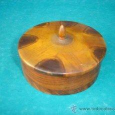 Antigüedades: CAJA REDONDA DE RAIZ DE OLIVO. Lote 33656997