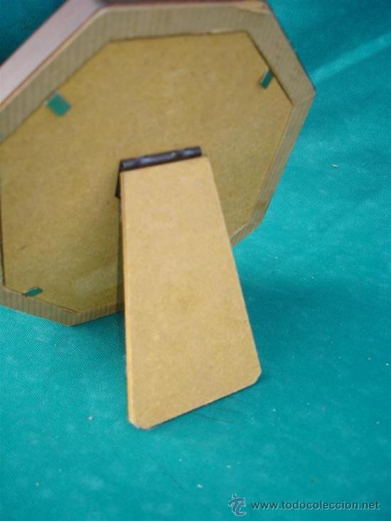 Antigüedades: portafoto madera y estaño - Foto 2 - 33657017