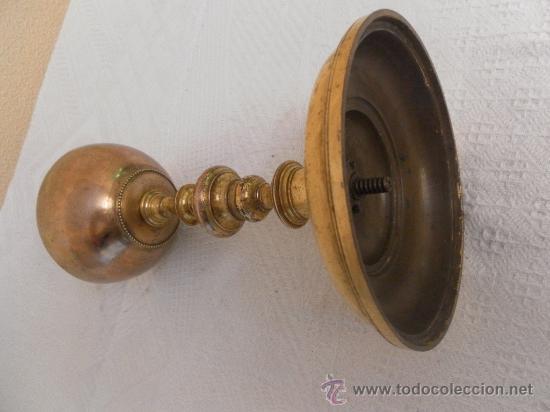 Antigüedades: Antiguo Cáliz o Copón de latón. Siglo XVIII. - Foto 5 - 33664486
