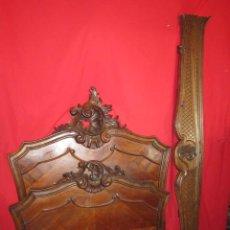 Antigüedades: CAMA CHAPADA EN CAOBA CON ADORNO DE TAMAÑO INDIVIDUAL.. Lote 33687758