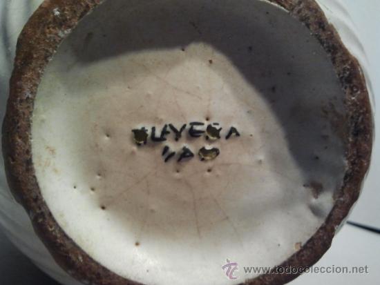 Antigüedades: Jarra de cerámica con asa de cordón. Marcas Talavera Saso. - Foto 3 - 33712195