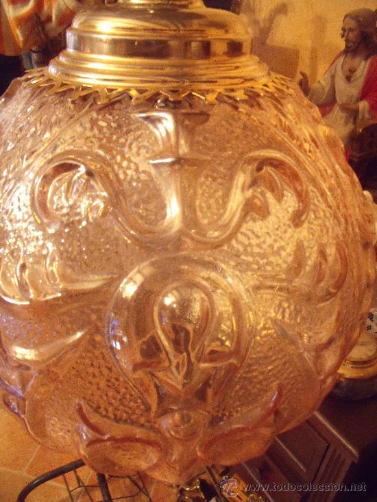 ANTIGUA LAMPARA DE GLOBO MODERNISTA CON CRISTAL TALLADO DE COLOR CARAMELO (Antigüedades - Iluminación - Lámparas Antiguas)