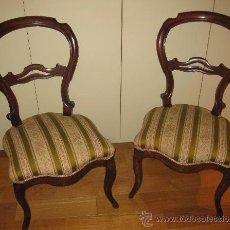 Antiquitäten - Pareja de sillas isabelinas - 33725634