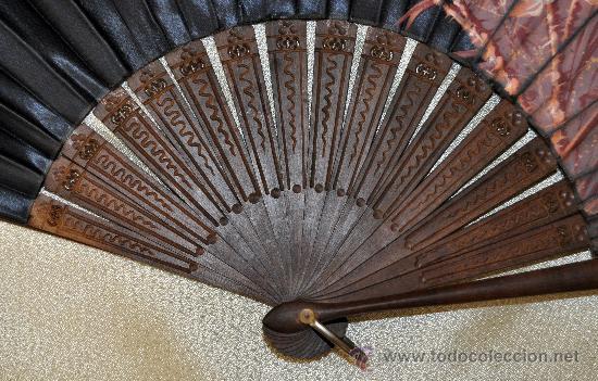 Antigüedades: ESPECTACULAR ABANICO CON VARILLAJE EN MADERA Y PAIS PINTADO SOBRE SEDA. CIRCA 1900 - Foto 9 - 33726684