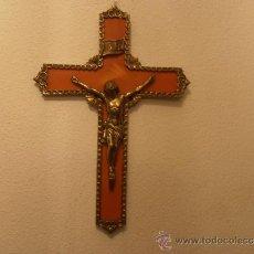 Antigüedades: CRUCIFIJO DE BAQUELITA CON CRISTO DE BRONCE. Lote 33771812