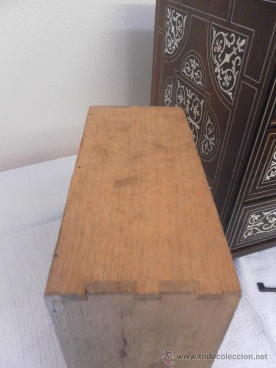Antigüedades: Arquilla papelera. Hispano filipina. Siglo XVIII. De jacaranda o palisandro de rio, con marquetería - Foto 5 - 33780861