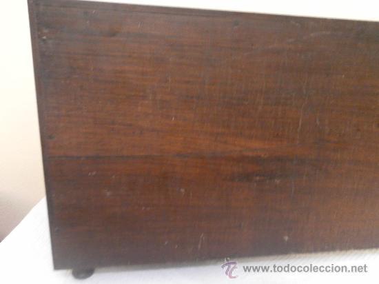Antigüedades: Arquilla papelera. Hispano filipina. Siglo XVIII. De jacaranda o palisandro de rio, con marquetería - Foto 35 - 33780861